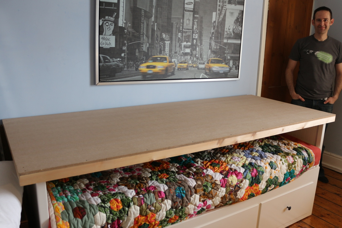 Diy Craft Layout Table Using A Hemnes Day Bed Baking