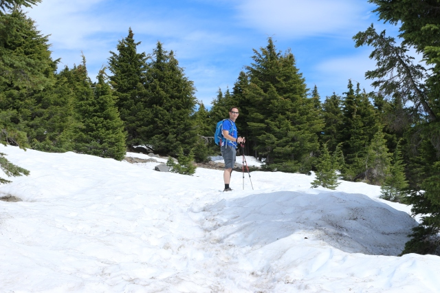 Crater Lake snow hiking