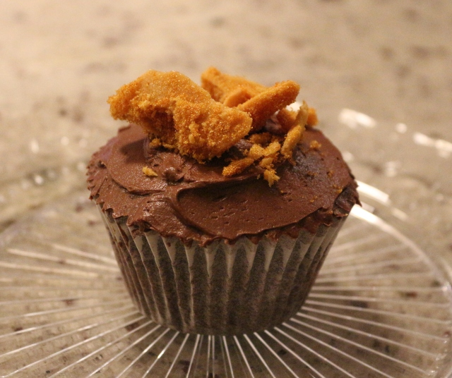 Fiery Cinder Toffee Chocolate and Ginger Cupcakes