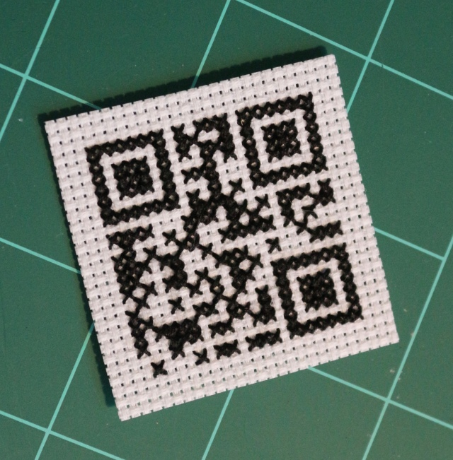 QR Code Cross Stitch: Stitching