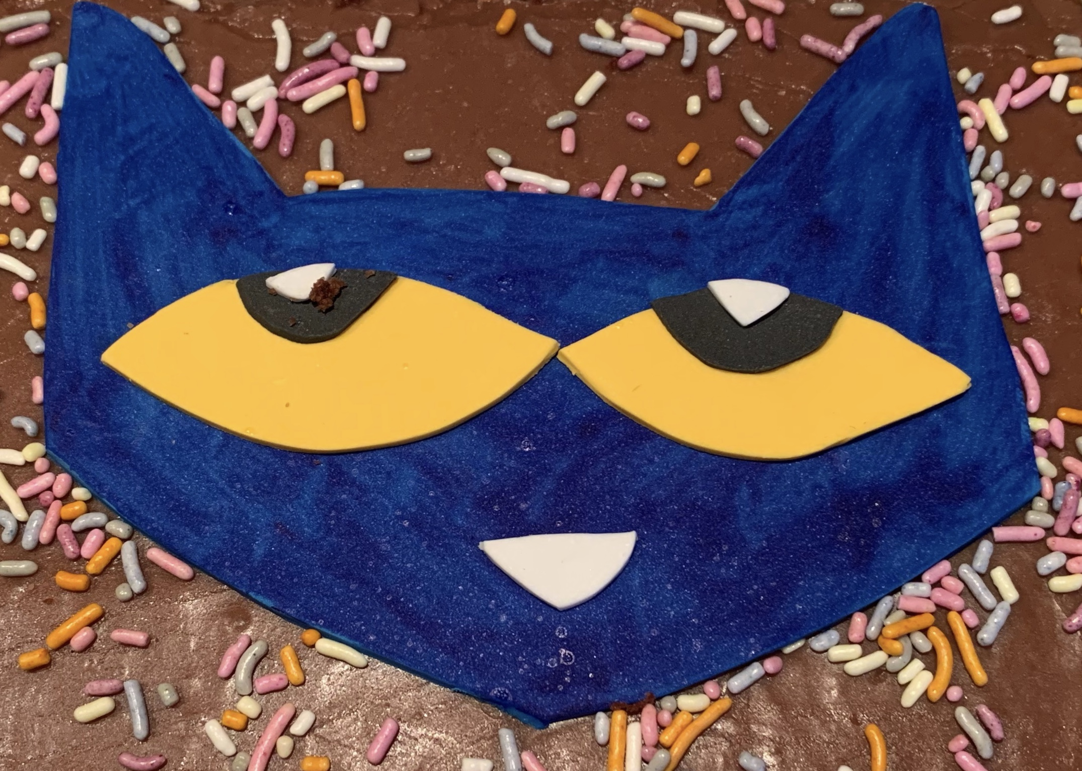 Pete the Cat Cake